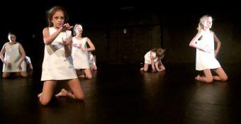 de ! kunsthumaniora hedendaagse dans - Unknown-15
